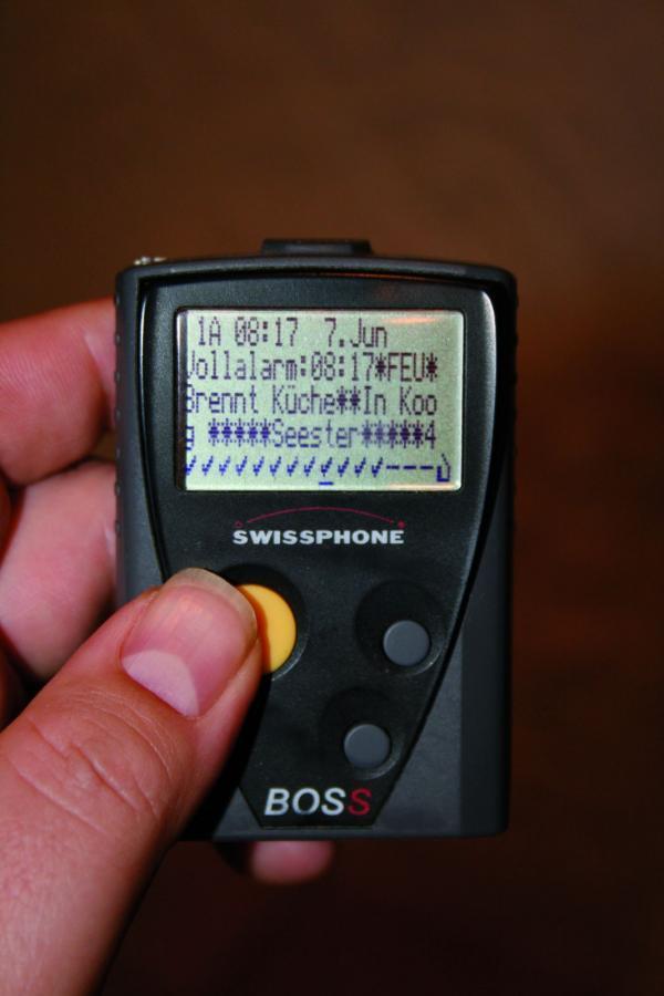 Per Digitalem Meldeempfänger werden die Kameraden zum Einsatz alarmiert