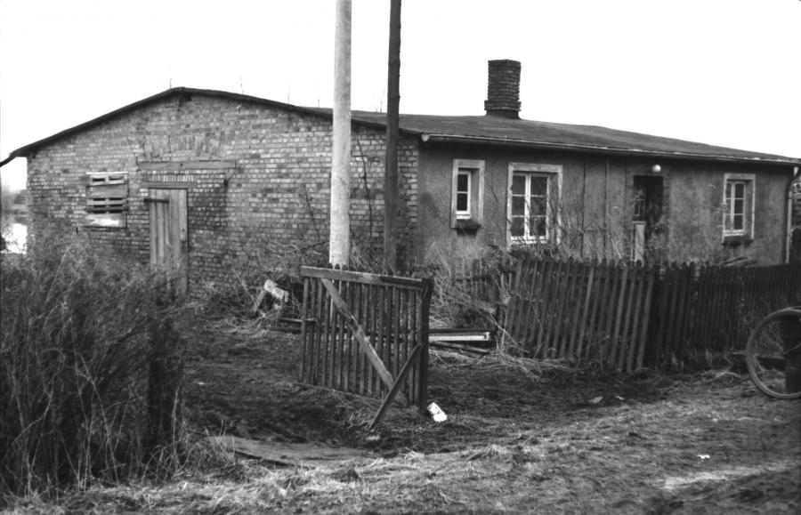 Zustand des Wohnhauses am Hafen im März 1982 (1)