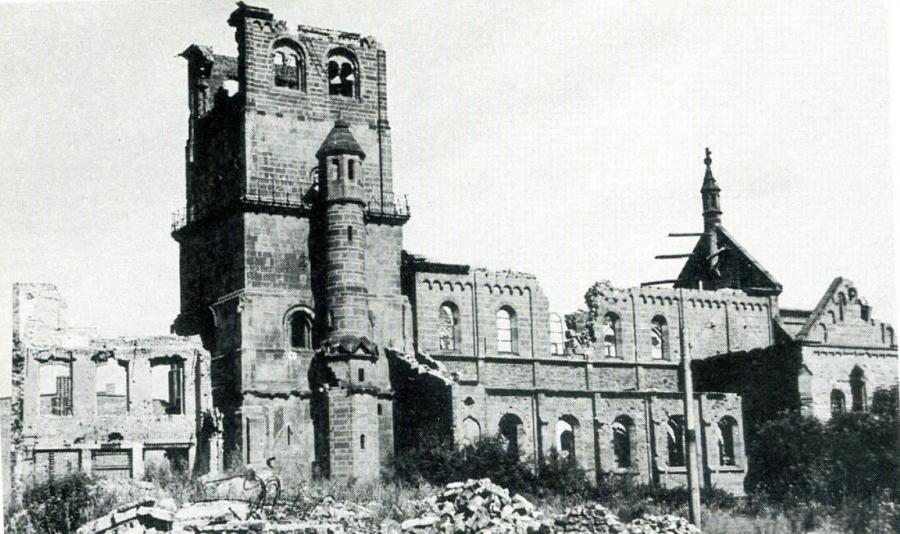 Nach Zerstörung
