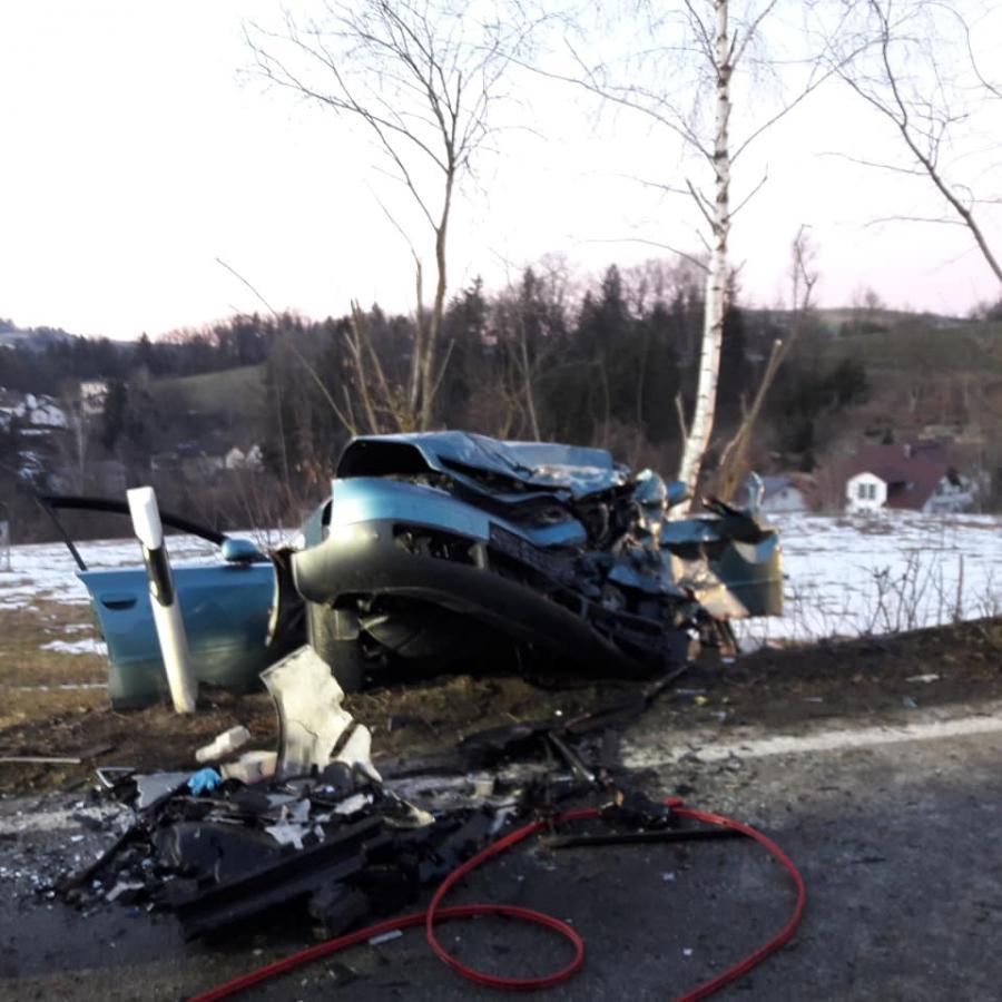 25.02.2019 Schwerer VU Autobahnzubringer