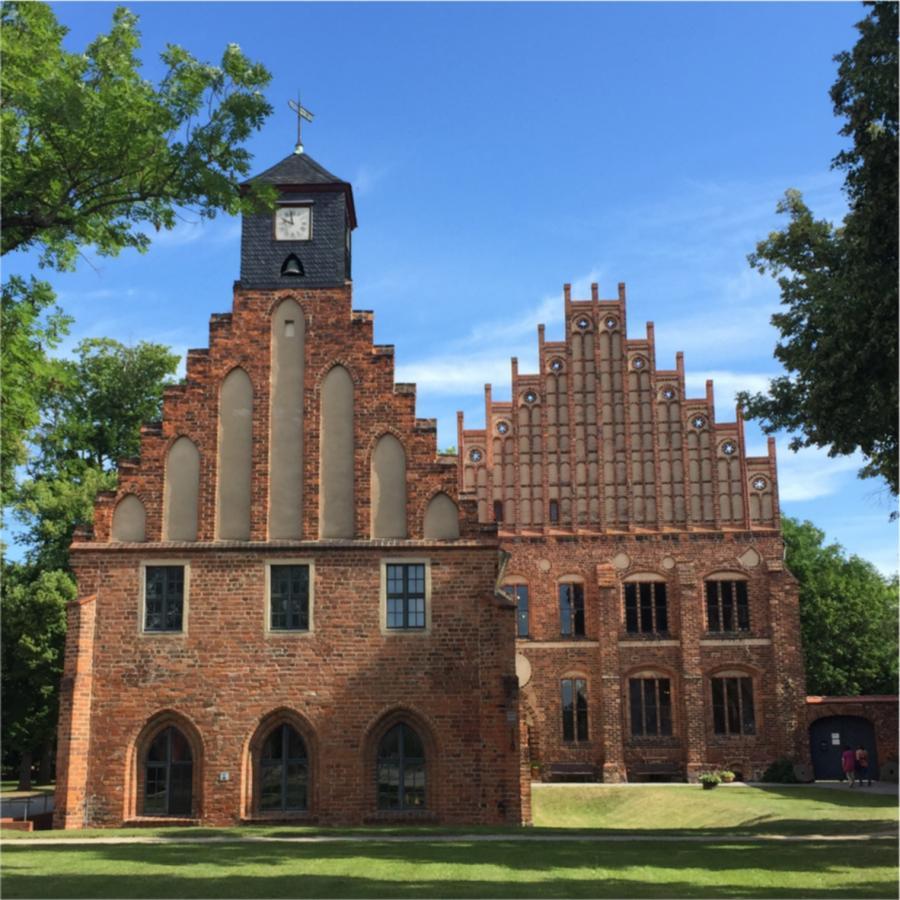 Kloster Zinna - Alte und Neue Abtei