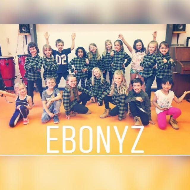 Ebonyz