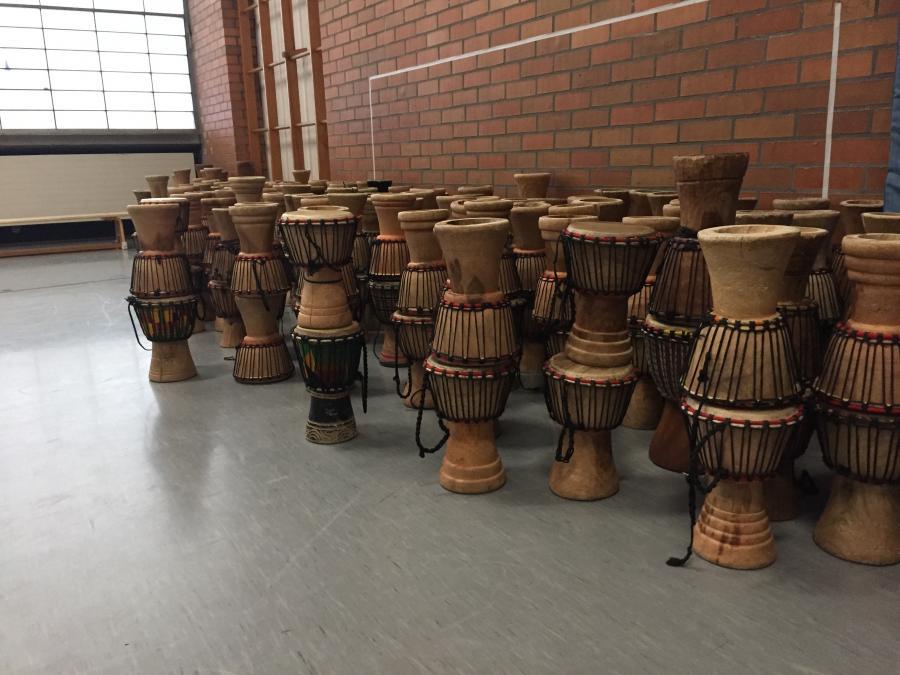 So viele Trommeln