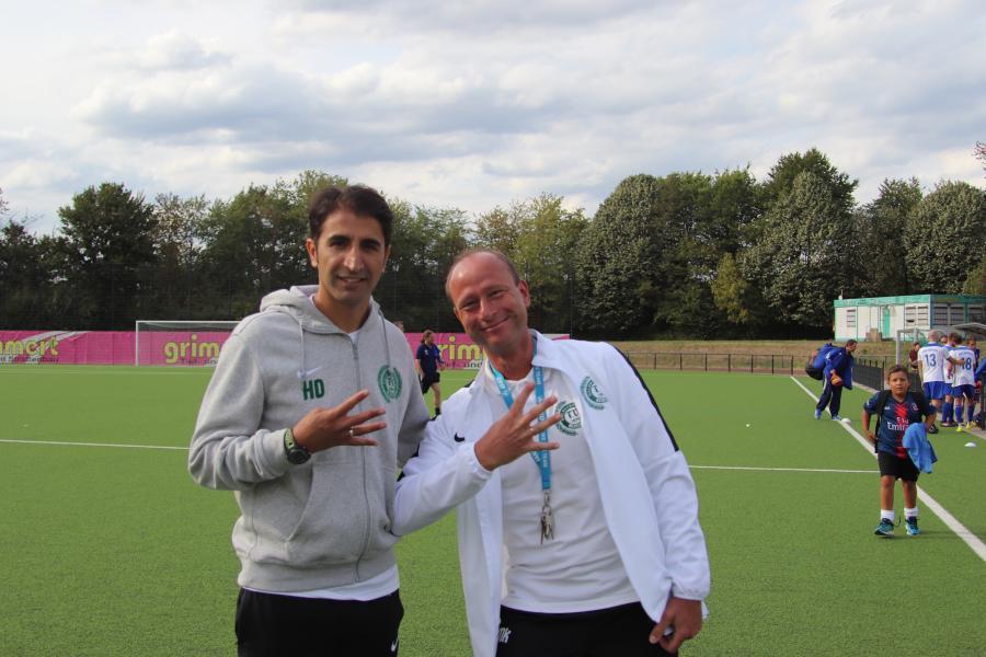 Freude bei Trainer Dogan und Manager Kirschner...4 Spiele und 4 Siege