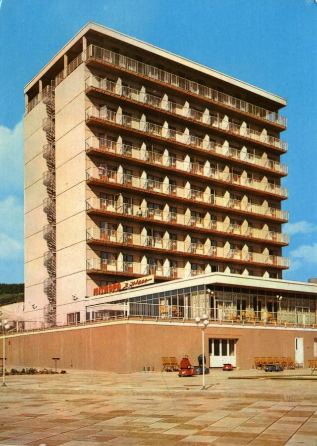 36 Saßnitz Rügen-Hotel 1971