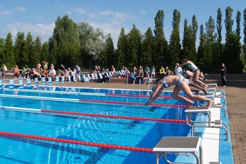 Schwimmen der Grundschulen