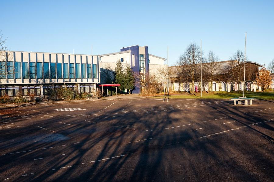 Alexander-Behm-Schule