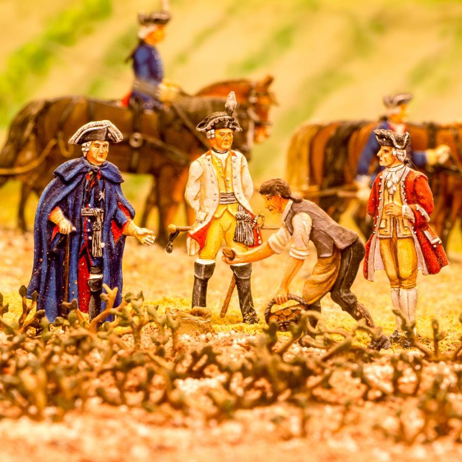 Zinnfiguren_Gabriella Donner-Friedrich der Große_Kartoffelernte  Foto- Museum OSL