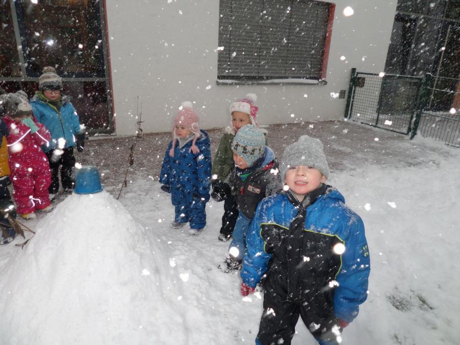 Hurra es hat geschneit