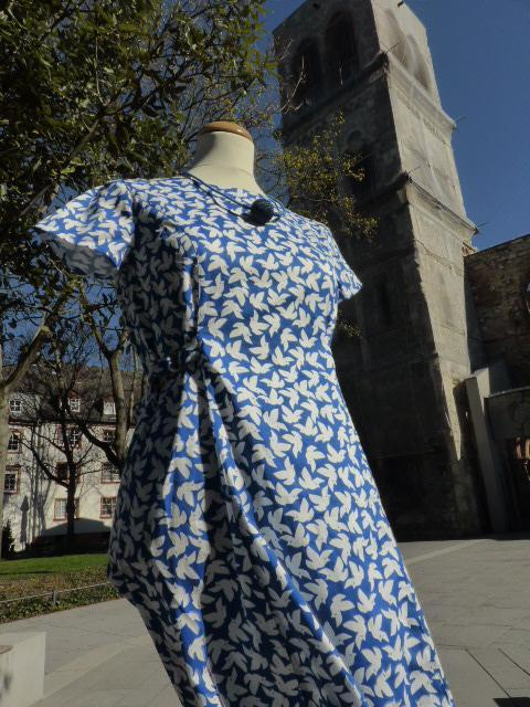 Kleid und Kirche