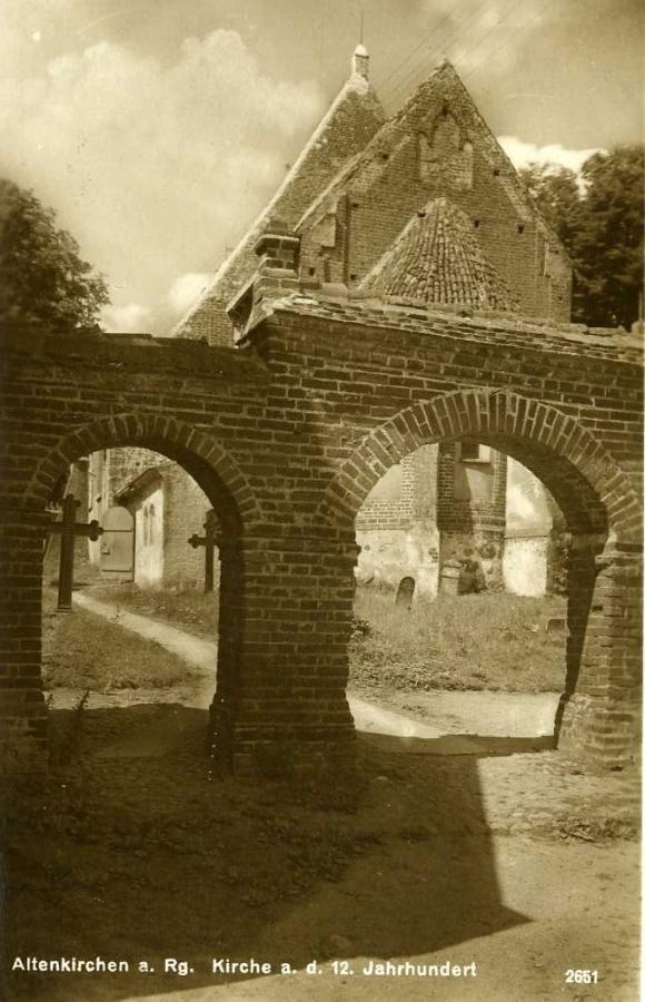 4 Altenkirchen Kirche