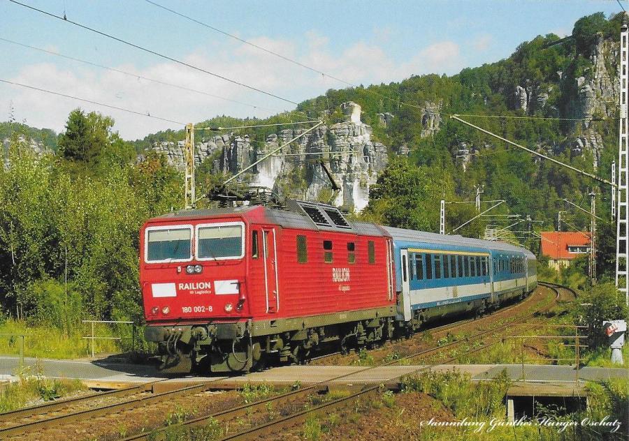 Zweisystemelektrolok 180 002 mit EC 171