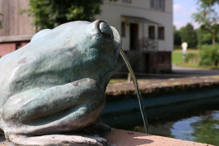 Lukas Buehn Der Itschenbrunnen in Hainrode