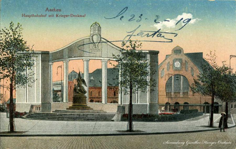 Aachen Hauptbahnhof mit Krieger-Denkmal