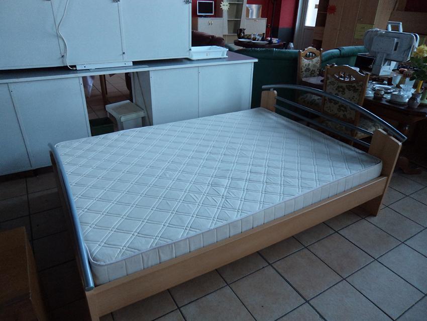 Bett groß