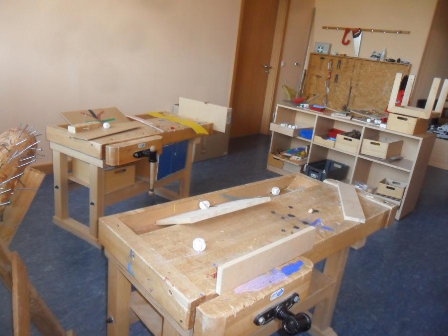 Holz  Und Schraumwerkstatt