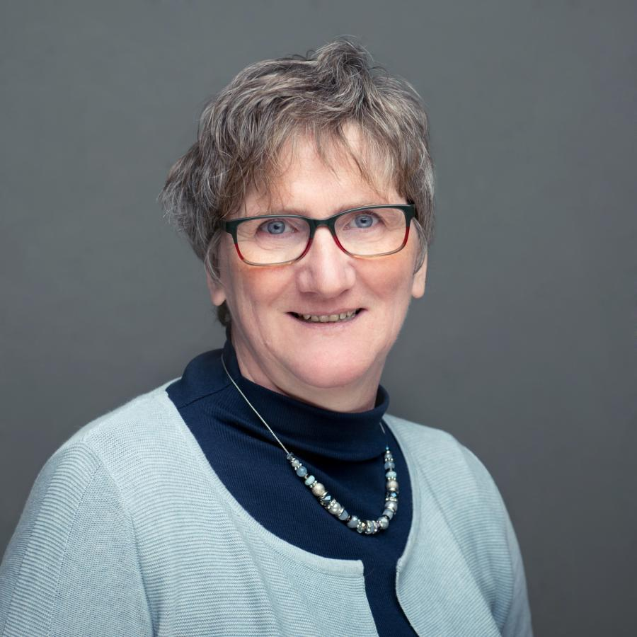 Ursula Heyer