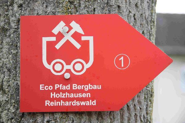 Foto: Wegweiser Eco Pfad Bergbau Holzhausen Reinhardswald