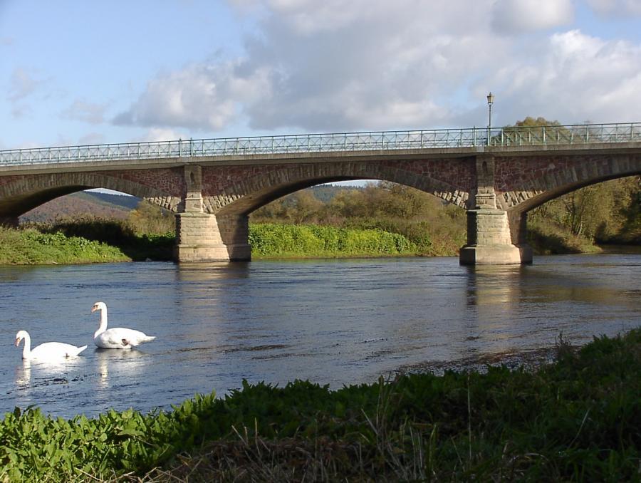 Historische Fuldabrücke in Mecklar