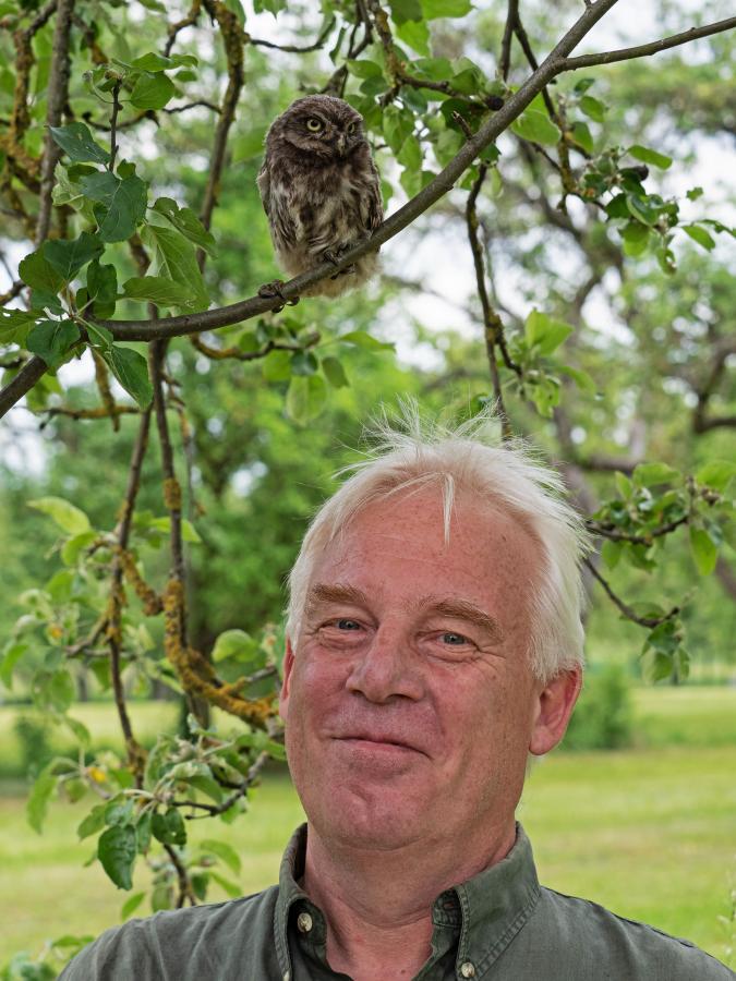 Michael Bier mit Vogel