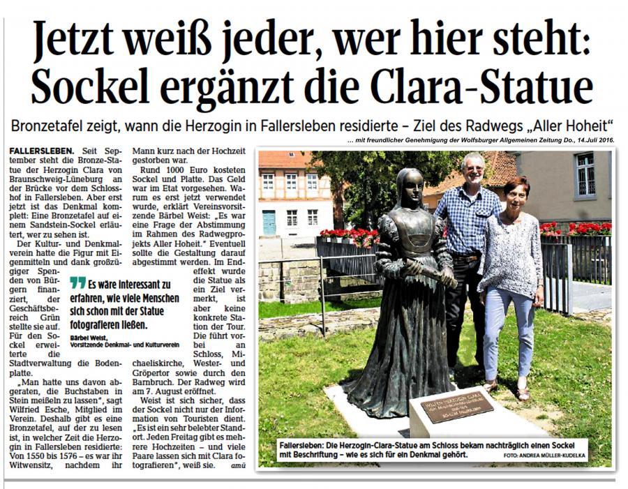 Neuer Sockel an Clara-Skulptur 2016
