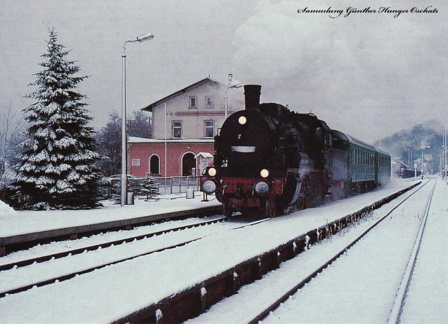Personenzugdampflokomotive 38 205 mit P 6810 im Bahnhof Olbernhau