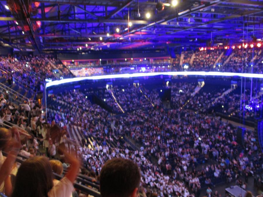 6000 Kinder, eine Band und 6000 Zuschauer