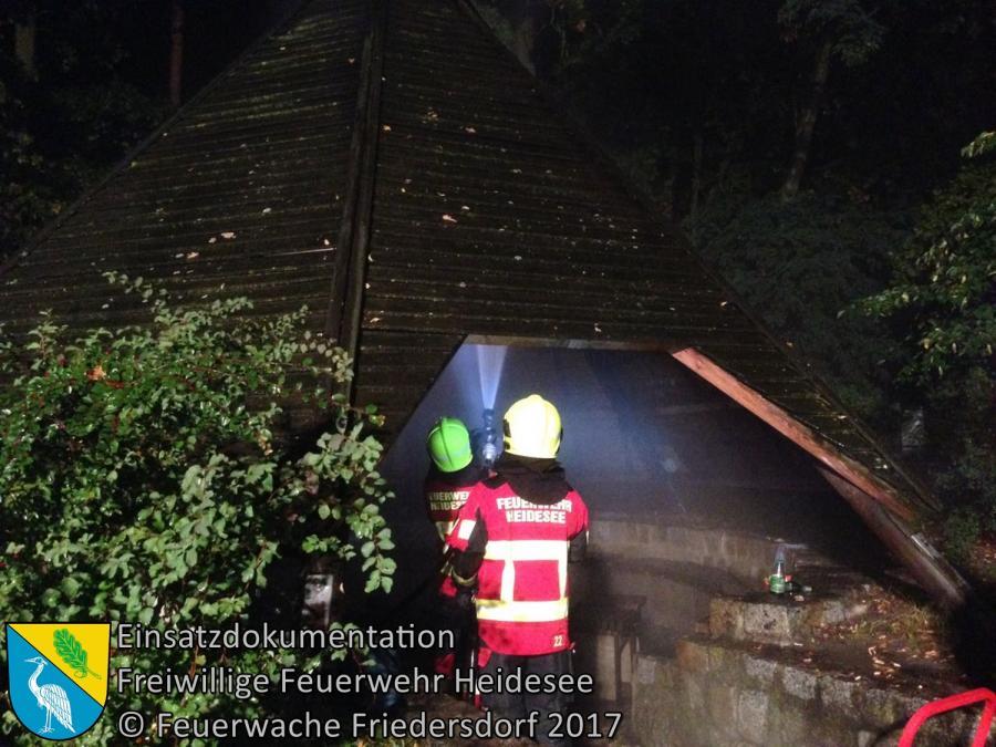 Einsatz 123/2017 | Brennende Grillhütte | Blossin Waldweg | 24.09.2017