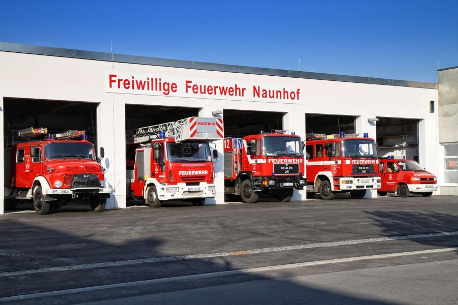 Feuerwehrfahrzeuge der FFW der Stadt Naunhof