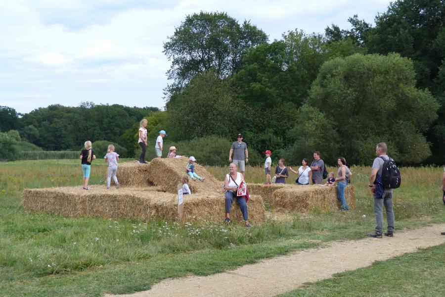 19. Regionalparkfest - Strohrutsche