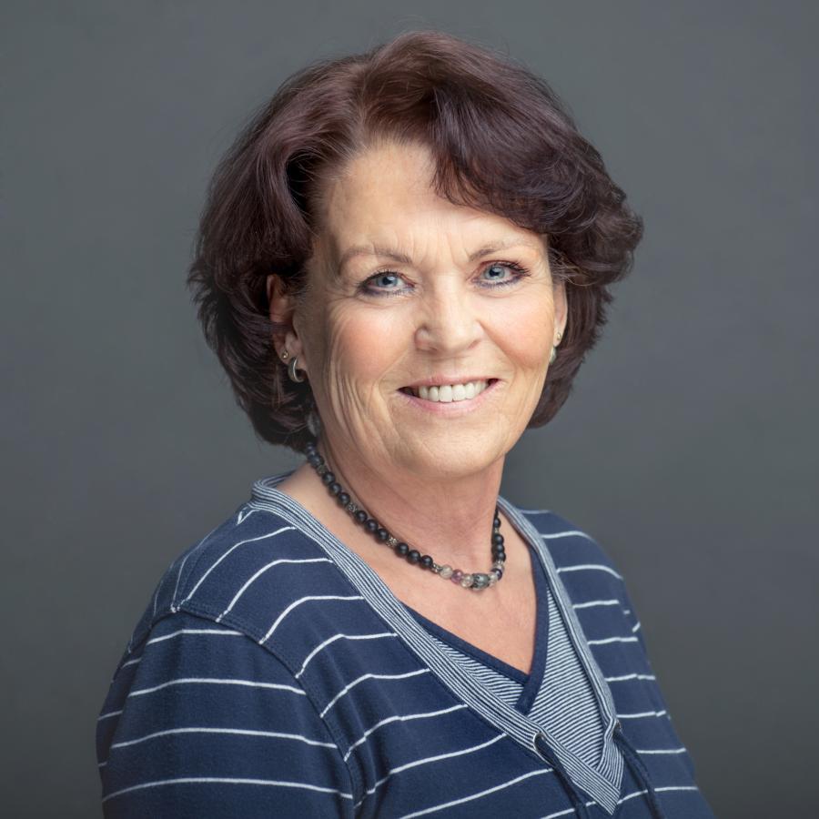 Monika Schnieder