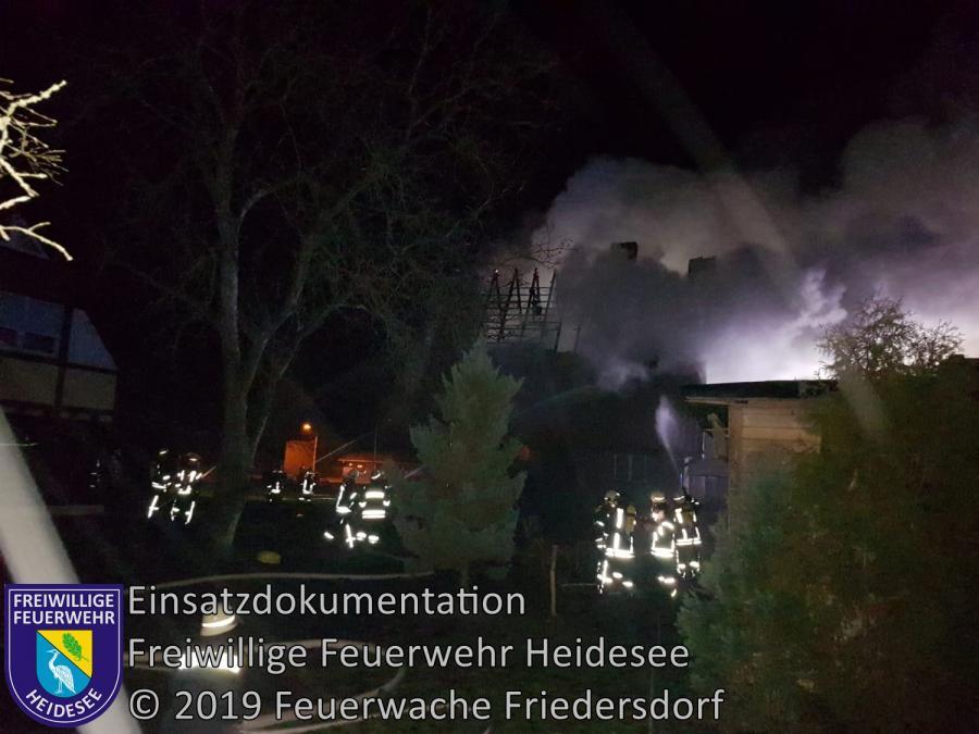 Einsatz 1/2019 | Einfamilienhaus in Vollbrand | Kummersdorf (LOS) Schauener Straße | 01.01.2019