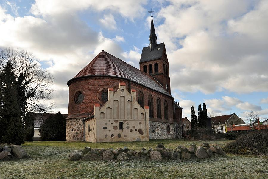 Dorfkirche Stolzenhagen_Foto: Galler