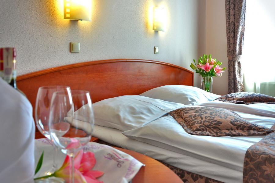 Hotelzimmer_Foto: PhotoMIXCompany
