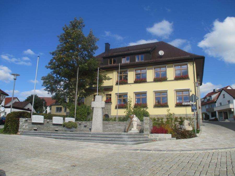 VGem Neusorg (Rathaus Neusorg, Hauptstraße 1, 95700 Neusorg)