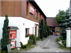 Pension mit Blick auf den Scheunengasthof