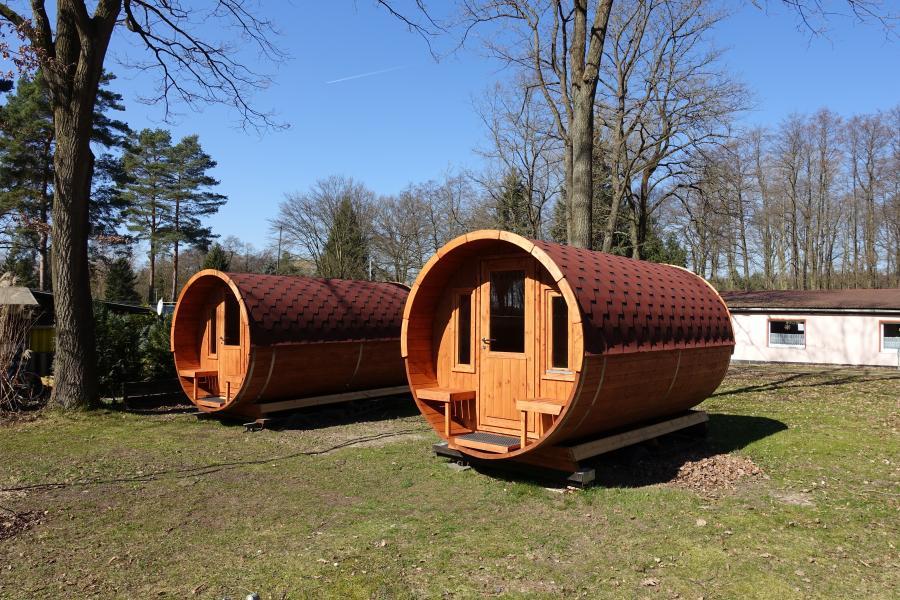 Unsere neuen Wohnfässer - Campingplatz Loosteich Mariental nähe A2