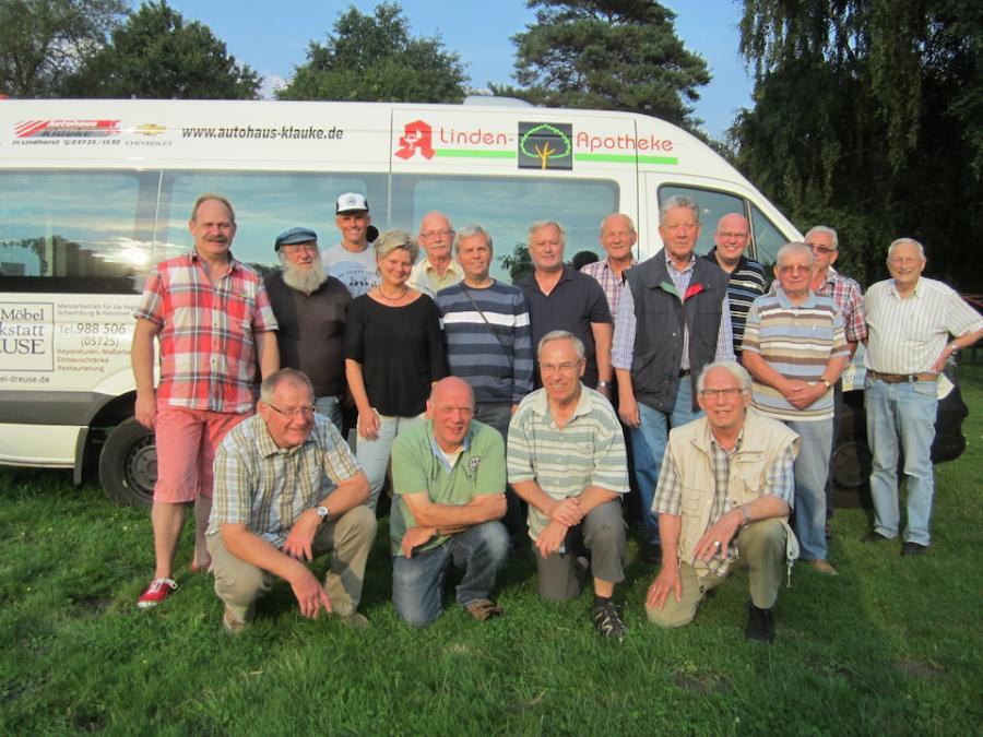 Bild: Vorstand und Fahrerteam anlässlich der Planung  zum Schnuppertag am 3. September 2015