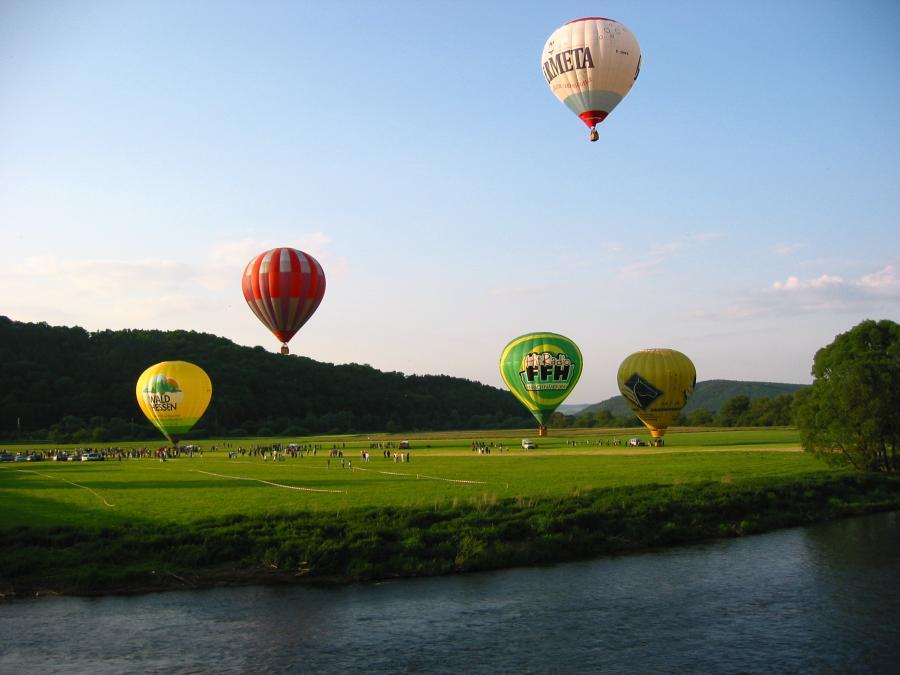 Ballonstart anl. 750-Jahr-Feier Mecklar