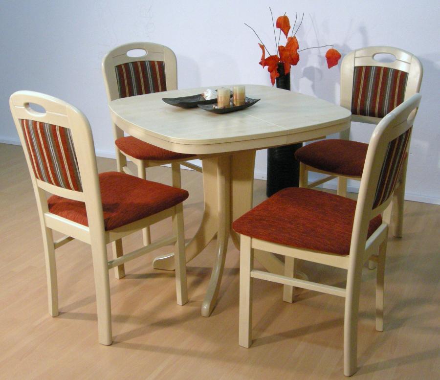 Stuhl Apolda und Tisch Neust. halboval