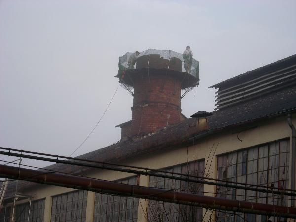 Foto: Abrissarbeiten am Glashüttengebäude