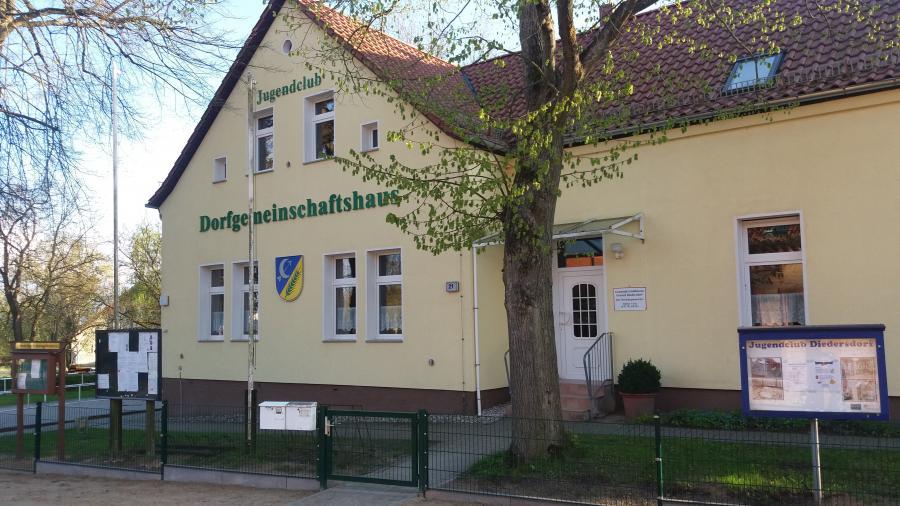 © N. Lamprecht - Dorfgemeinschaftshaus Diedersdorf