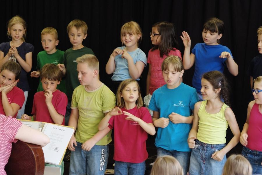 Chor der 1. und 2. Klassen Konzert 2015