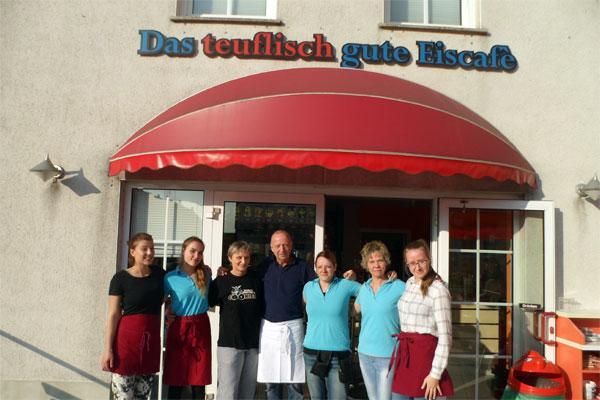 Detlev Günther und sein Team