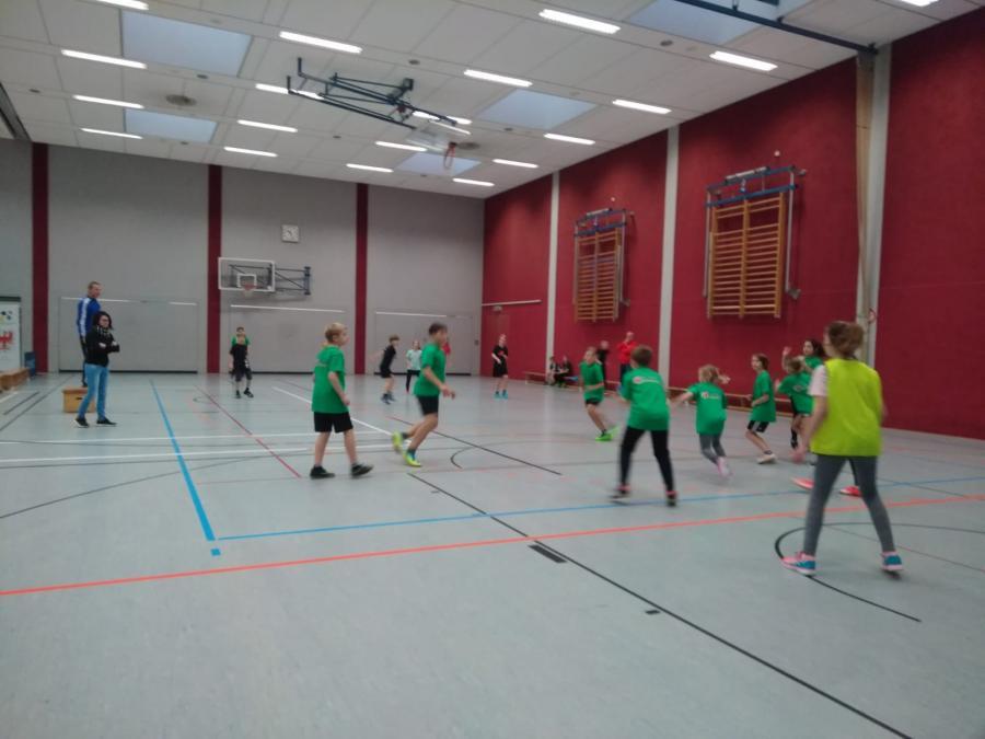 Zweifelderball 2018