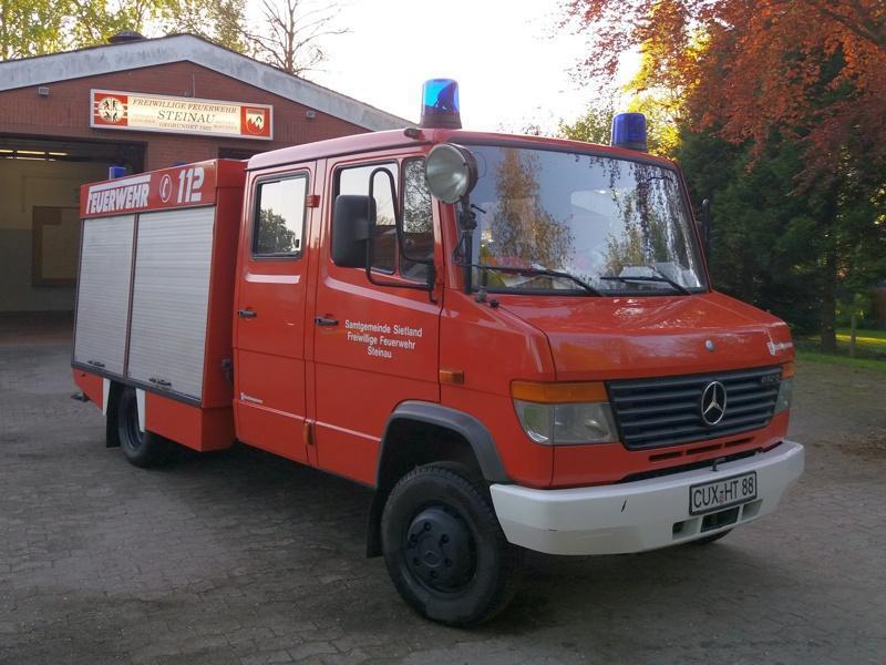 Feuerwehrfahrzeug-tsf
