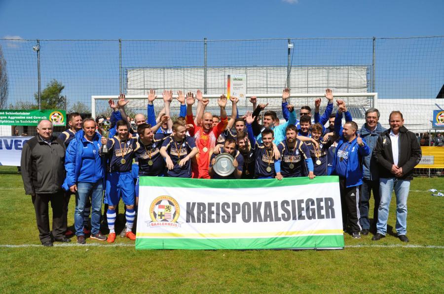 Reservepokalsieger - SV Blau-Weiß 1921 Farnstädt