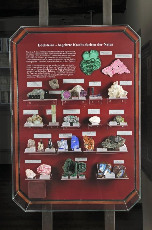 viele Minerale