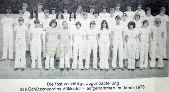 1978 > Jugendsportabteilung mit ca. 40 Jugendlichen