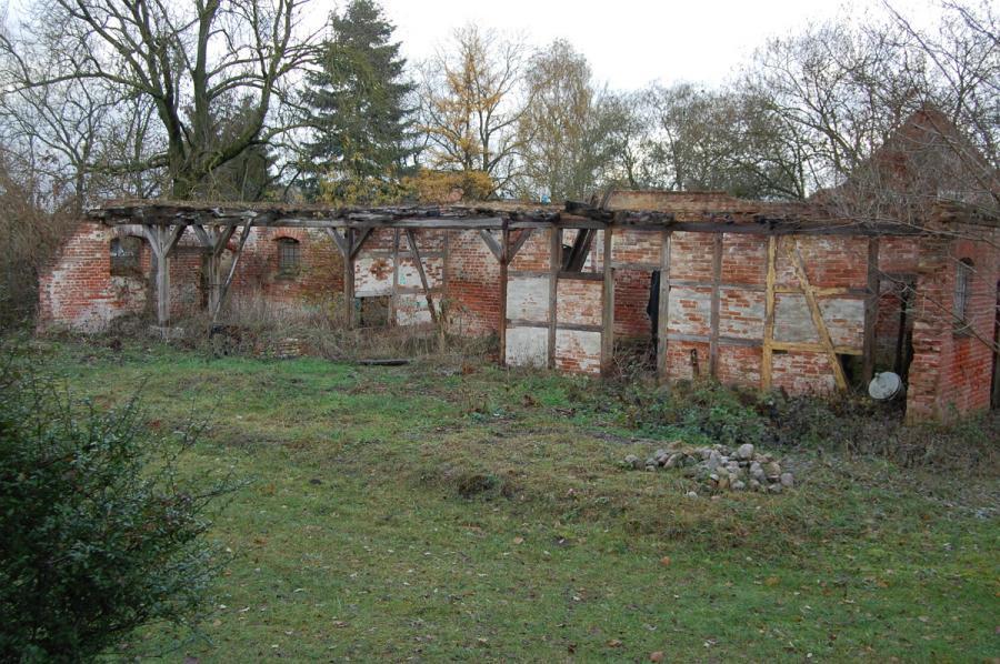 Scheune und Stallgebäudes auf dem Pfarrhof in Sülstorf